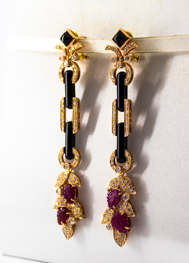 4.80 Carat Ruby 1.76 Carat White Diamond Onyx Yellow Gold Clip-On Drop Earrings For Sale 9