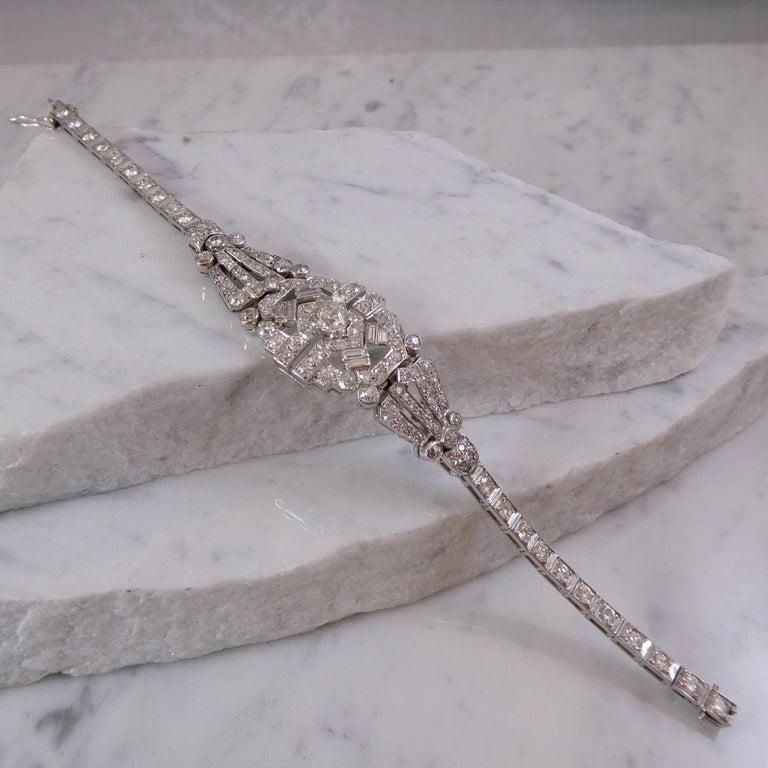 Women's 4.82 Carat Art Deco Diamond Bracelet, White Gold, circa 1930 For Sale