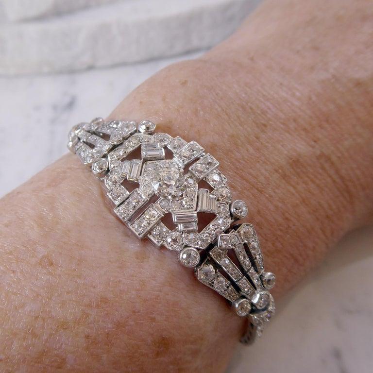 4.82 Carat Art Deco Diamond Bracelet, White Gold, circa 1930 For Sale 3