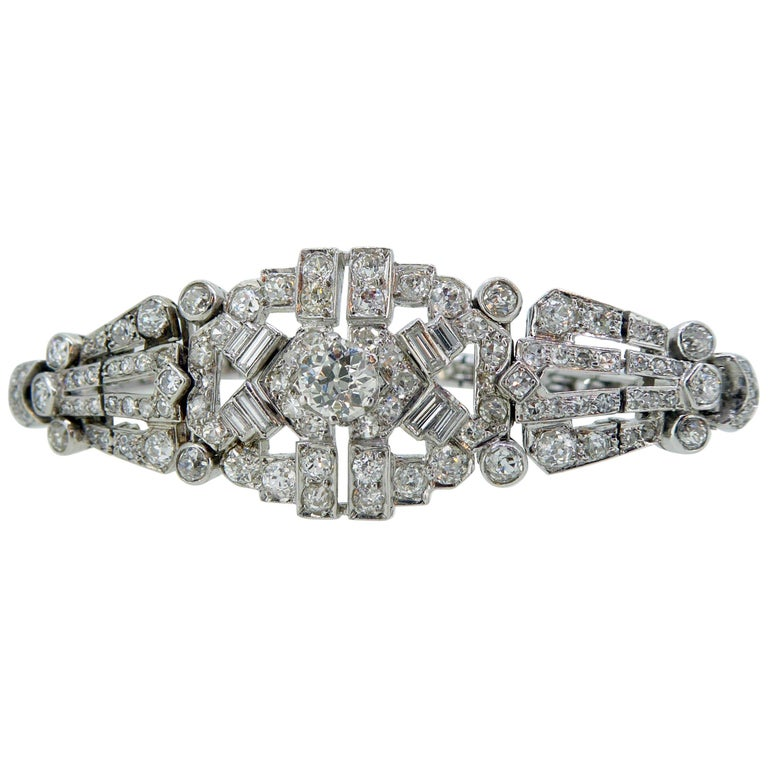4.82 Carat Art Deco Diamond Bracelet, White Gold, circa 1930 For Sale