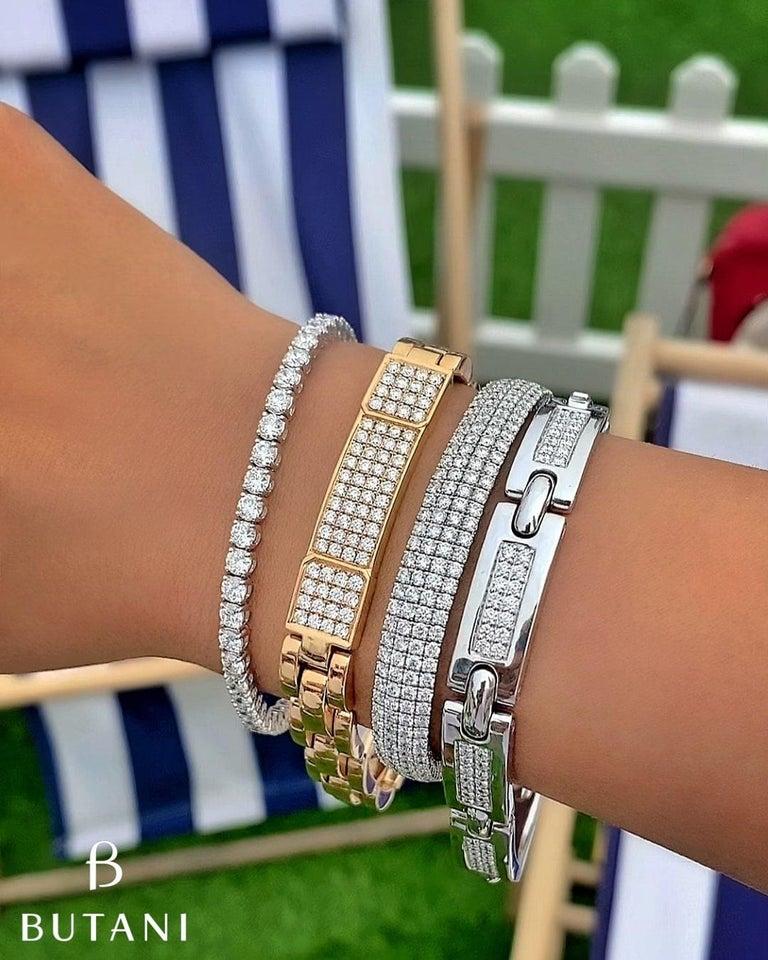 Women's or Men's 4.85 Carat Round Diamond 18 Karat Yellow Gold Link Bracelet For Sale