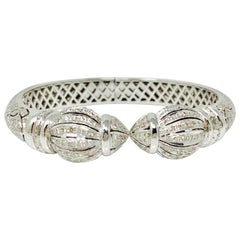 4.86 Carat White Round Brilliant Diamond Bangle in 18 Karat White Gold