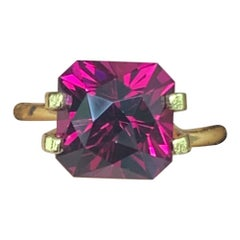 4.87 Carat Pink / Red Rubelite Tourmaline Loose Gemstone