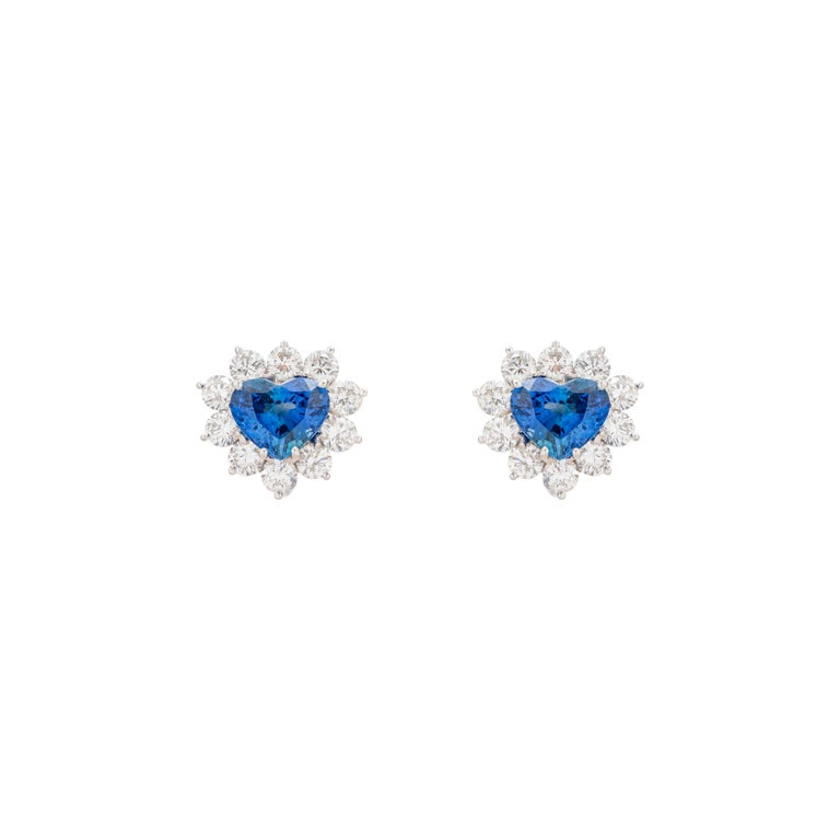 Round Cut 4.91 Carat Heart Shaped Sapphire Diamond Earrings For Sale