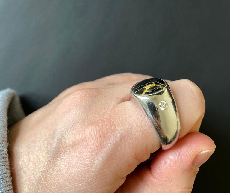Contemporary Black Gold in Quartz Oval Diamond Men's Gents Ring Band 14K White Bezel  For Sale