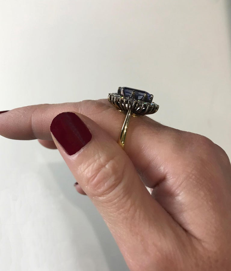 Women's 5 Carat Blue Ceylon Sapphire with Diamonds on Gold Engagement, Wedding Ring For Sale