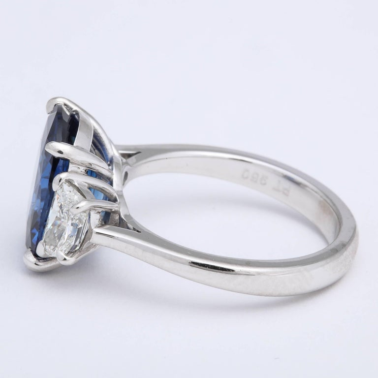 5 Carat Cushion Cut Blue Sapphire and Diamond Ring In New Condition For Sale In New York, NY