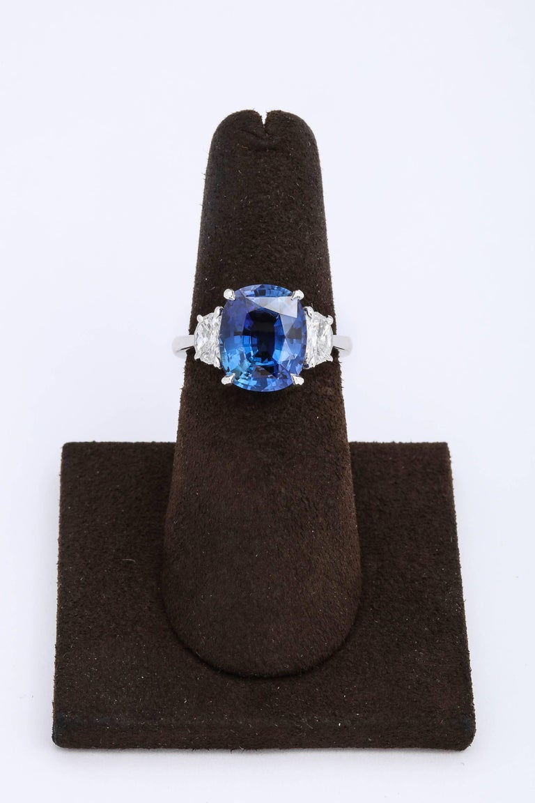 5 Carat Cushion Cut Blue Sapphire and Diamond Ring For Sale 3