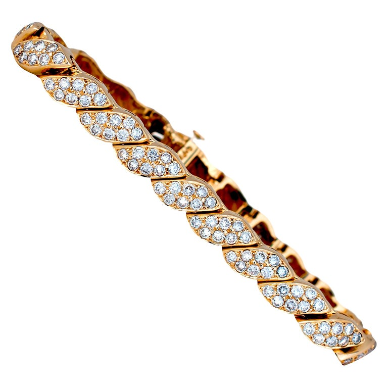 5 Carat Diamond Leaf Bracelet Yellow Gold Bracelet For Sale