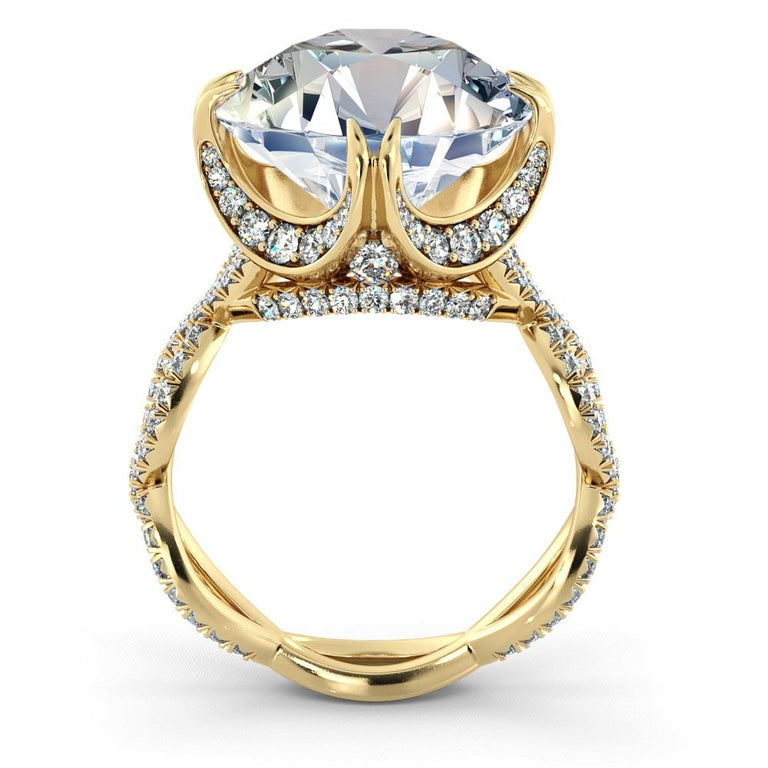 5 Carat GIA Round Cut Diamond Ring, 18 Karat Yellow Gold Ring In New Condition For Sale In New York, NY