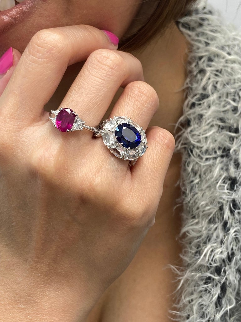 5 Carat GRS Certified Royal Blue Sapphire and White Diamond Gold Engagement Ring For Sale 7