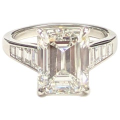 5 Carat H VVS2 Emerald Cut Diamond Ring in Platinum, GIA