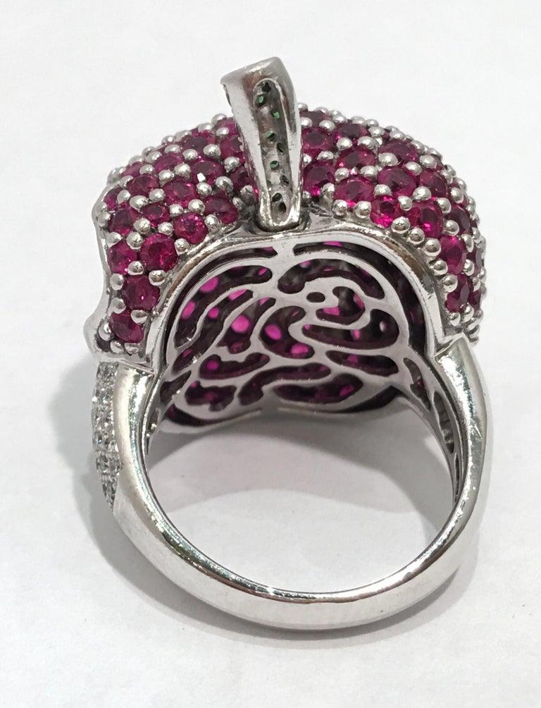 5 Carats Ruby Diamond 18 Karat Gold New York, New York Big Apple Cocktail Ring For Sale 8