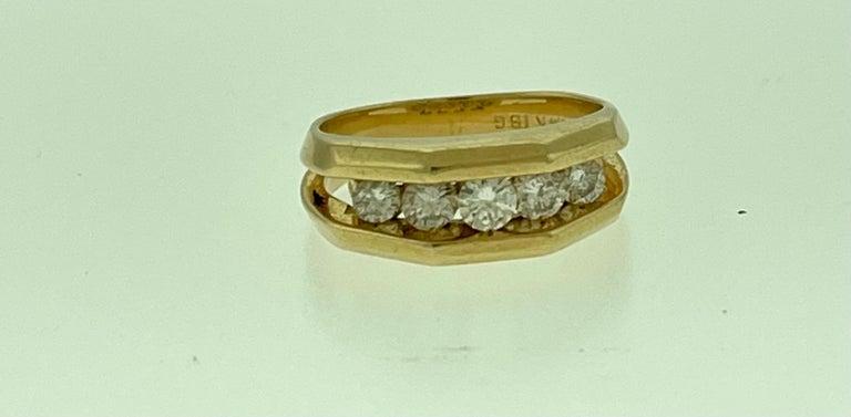 Round Cut 5 Diamonds, 1 Carat Unisex 1-Row Diamond Band Ring in 14 Karat Yellow Gold For Sale