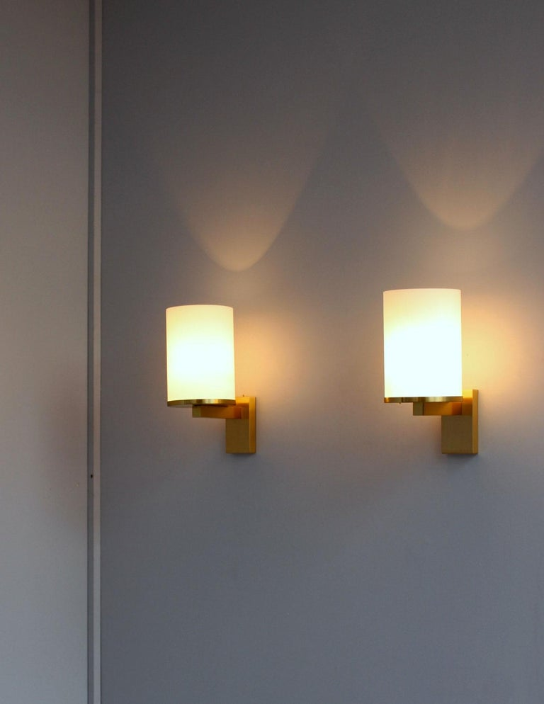 5 Fine French Art Deco Glass and Bronze Cylindrical Sconces by Jean Perzel For Sale 2