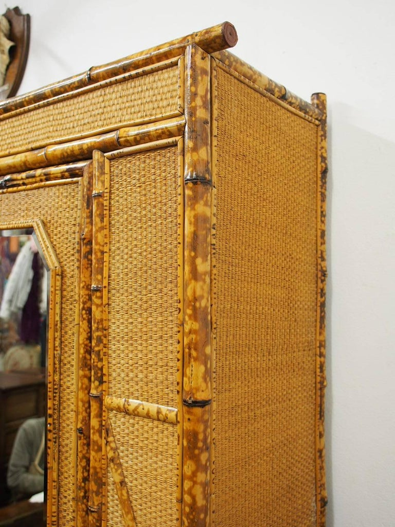 Five-Piece Bamboo and Rattan Bedroom Suite, circa 1890 For Sale 10