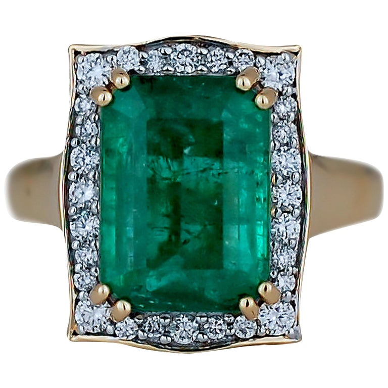 5.0 Carat Emerald Cut Emerald and Diamond Ring For Sale