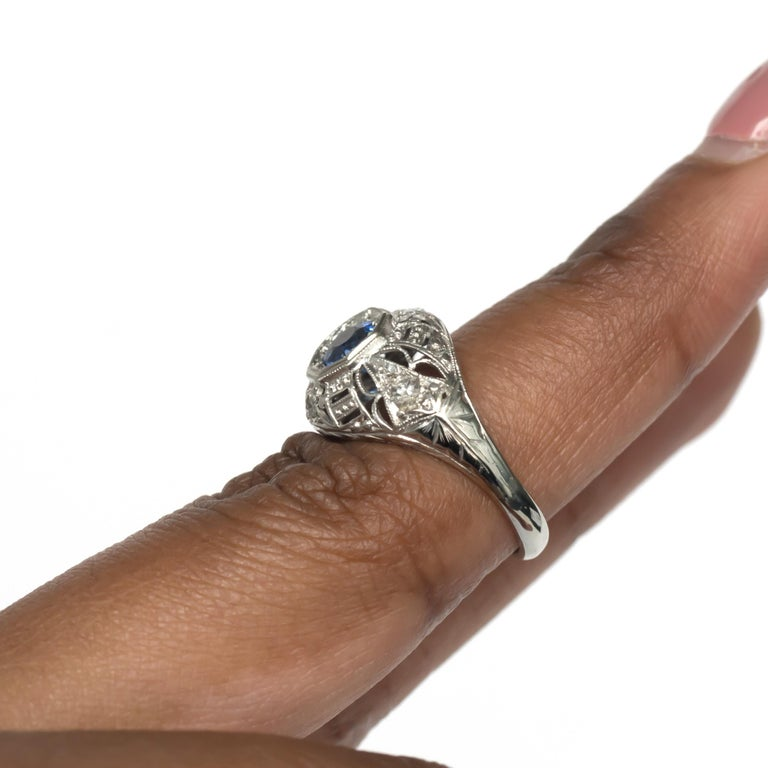 .50 Carat Sapphire Platinum Engagement Ring For Sale 3