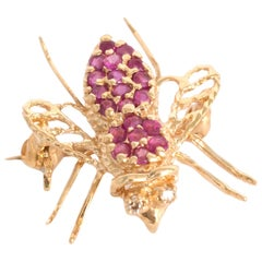 .50 Carat Tota Weight Ruby Yellow Gold Brooch
