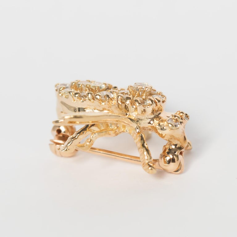 .50 Carat Total Weight Diamond Yellow Gold Brooch  In Good Condition For Sale In New York, NY