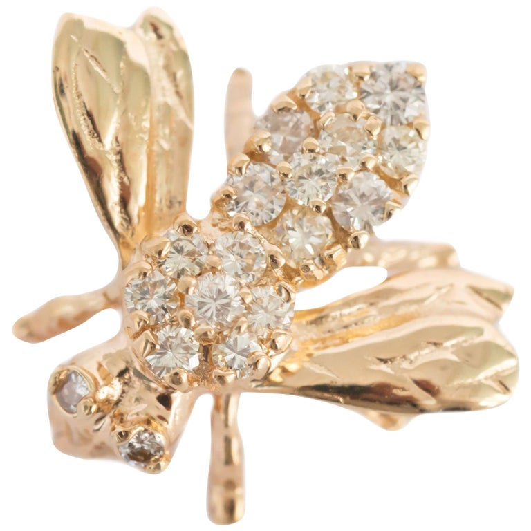 .50 Carat Total Weight Diamond Yellow Gold Brooch  For Sale