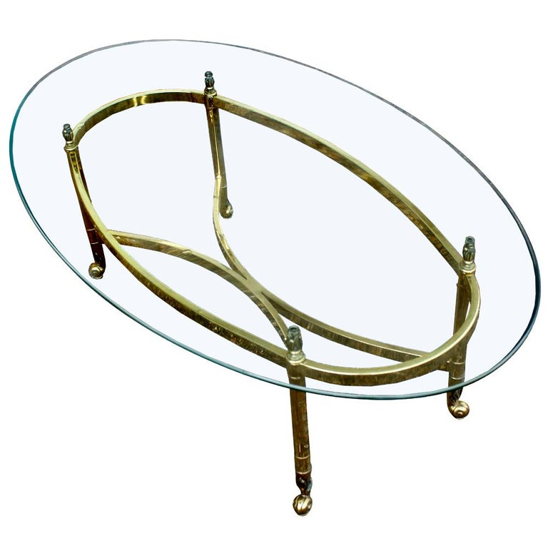 Oval Italian Neoclassical Vintage Brass Side Table In Good Condition For Sale In Pasadena, TX
