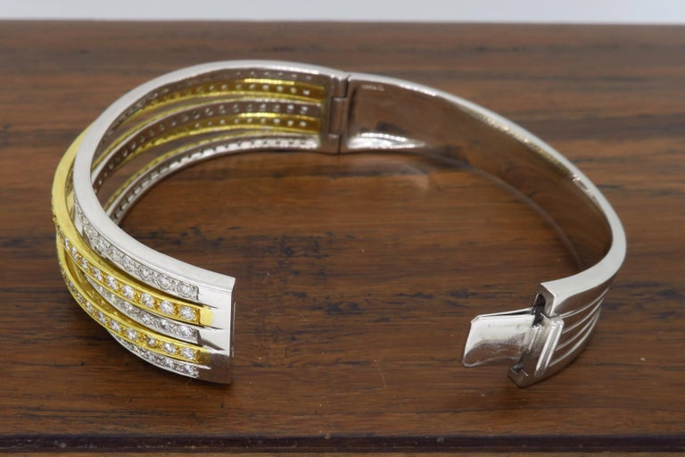 5.00 Carat Diamond Bangle Bracelet In Excellent Condition For Sale In Webster, NY