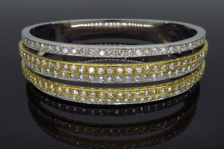 Women's or Men's 5.00 Carat Diamond Bangle Bracelet For Sale