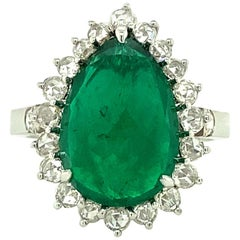 5.02 Carat GRS Certified Vivid Green Colombian Emerald and Diamond Ring