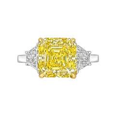 5.03 Carat Fancy Vivid Yellow Diamond Ring 'VS1'