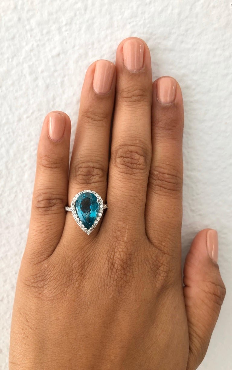 5.07 Carat Apatite Diamond Ring 14 Karat White Gold Cocktail Ring In New Condition For Sale In Los Angeles, CA