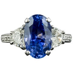 5.08 Carat No-Heat Ceylon Sapphire Platinum Diamond Ring, GIA