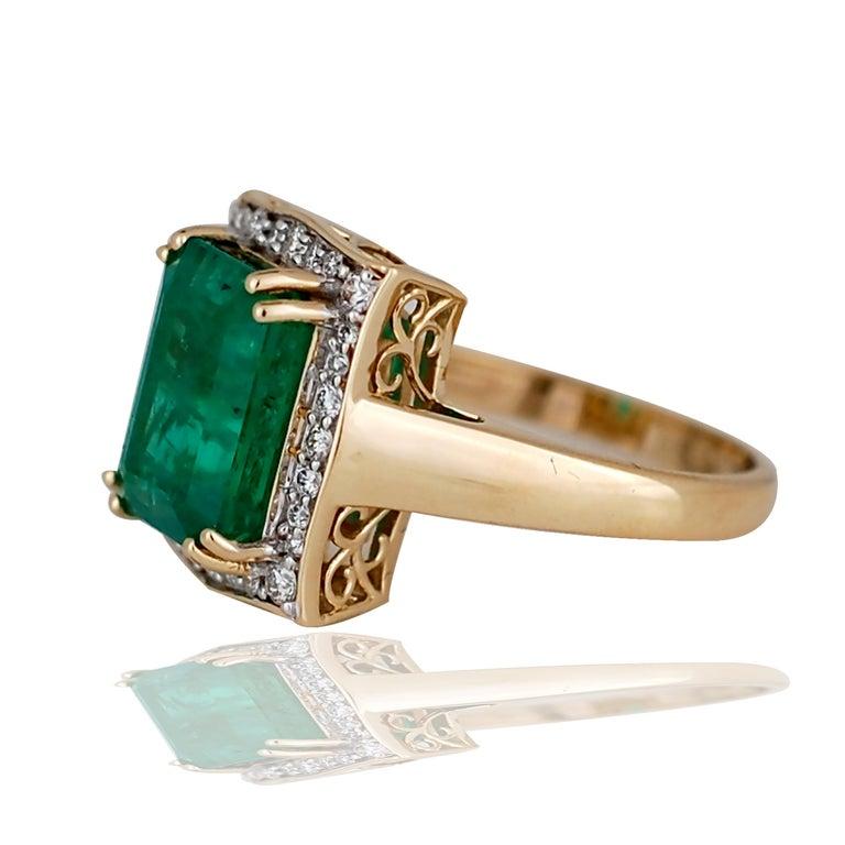 5.0 Carat Emerald Cut Emerald and Diamond Ring In Excellent Condition For Sale In Aliso Viejo, CA