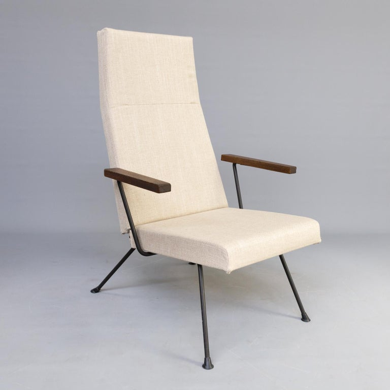 4 Lounge Stoelen.1950s Andre Cordemeyer Model 1410 Lounge Fauteuil And Ottoman For