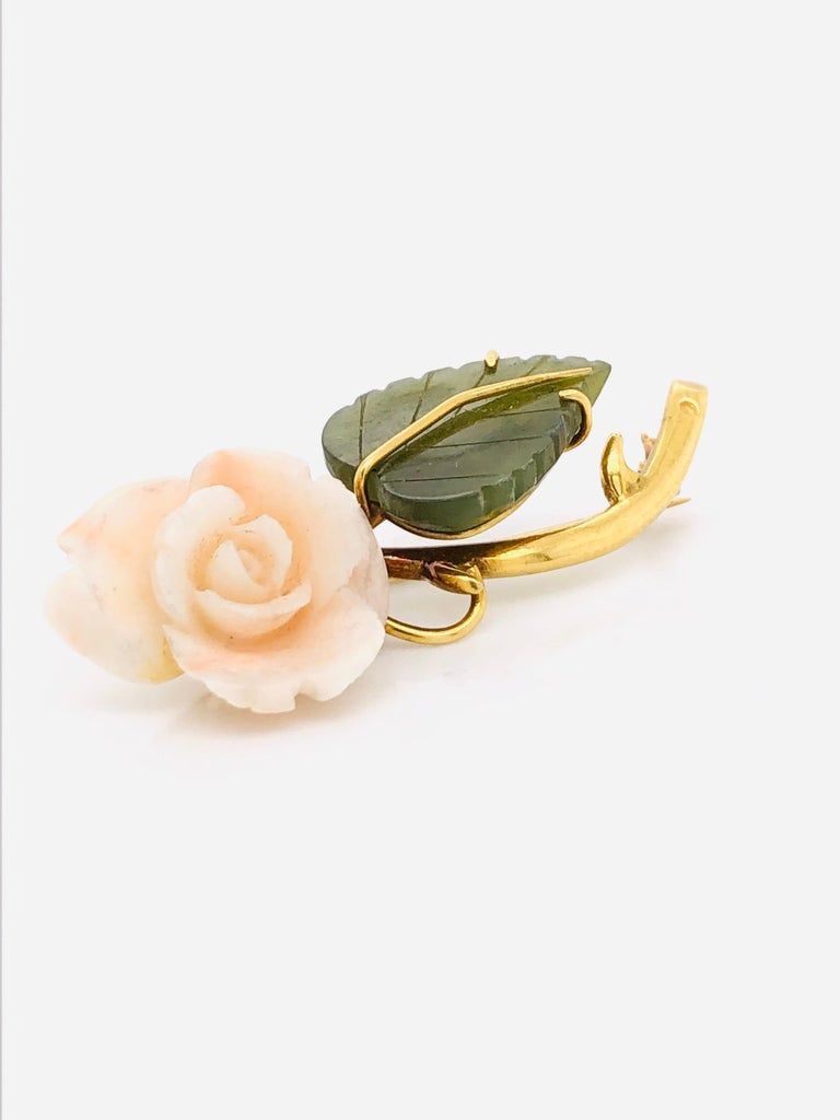 1950s Floral Brooch Yellow Gold 18 Karat In New Condition For Sale In Vannes, FR