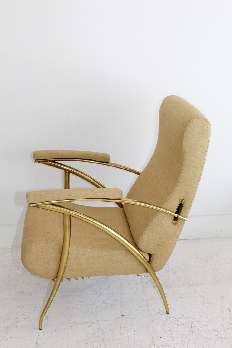 1957 Italian Adjustable Polished Brass Reclining Chair by Alberto Gambetta In Good Condition For Sale In North Miami, FL