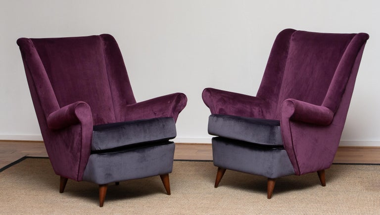 50's Lounge / Easy Chair in Magenta by Designed Gio Ponti for ISA Bergamo, Italy For Sale 6