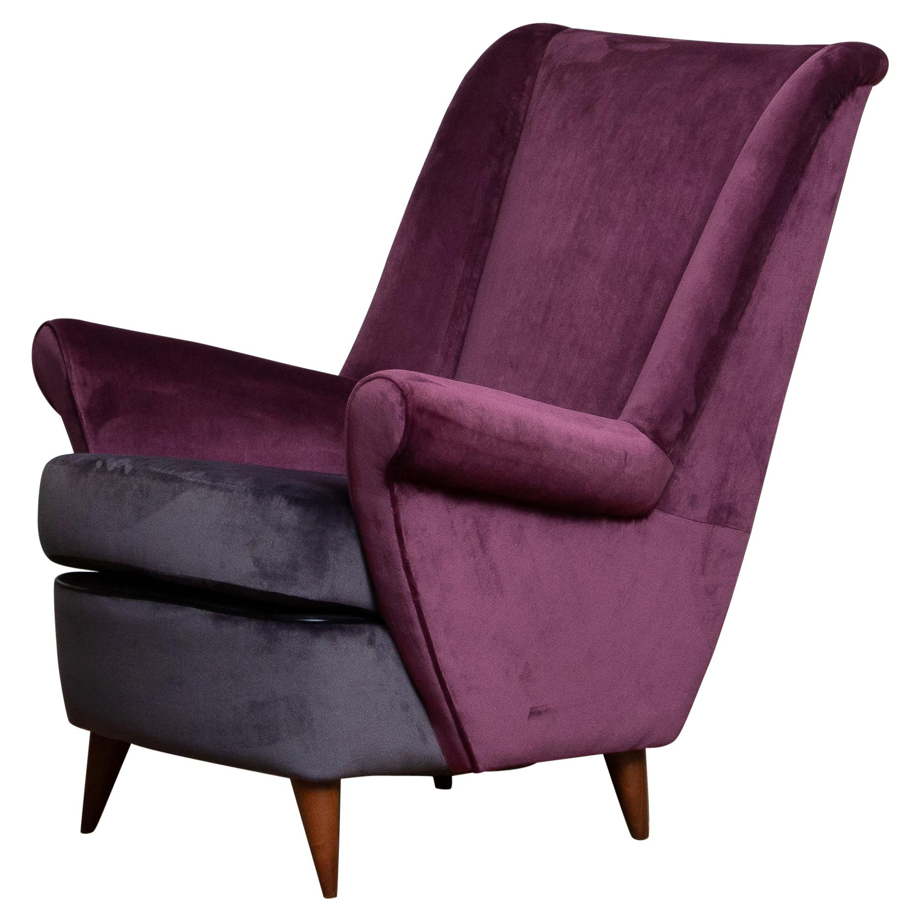 50's Lounge / Easy Chair in Magenta by Designed Gio Ponti for ISA Bergamo, Italy