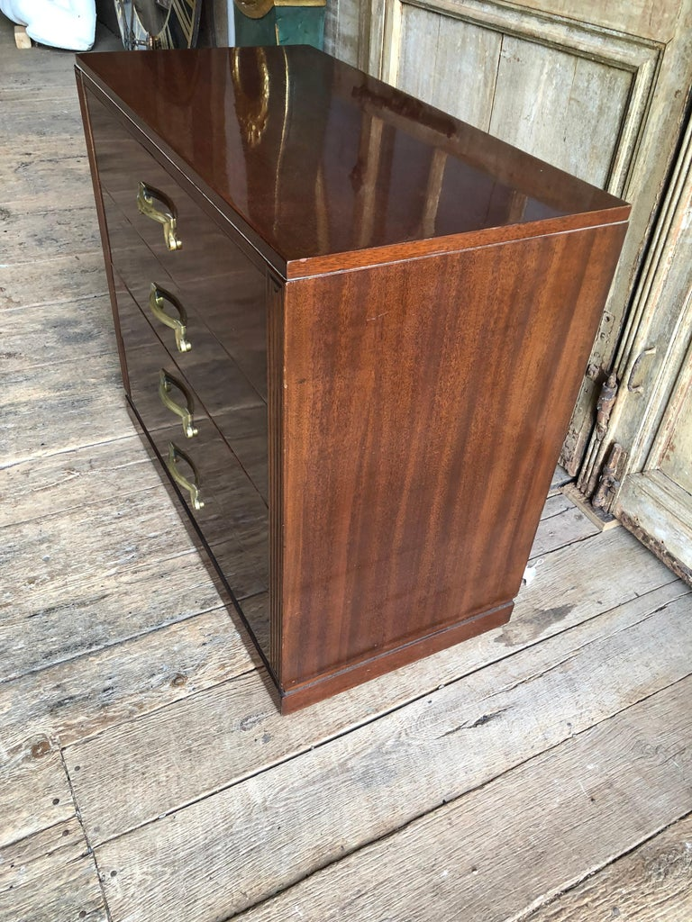 20th Century 1950s Modern Chest of Drawers in Mahogany For Sale