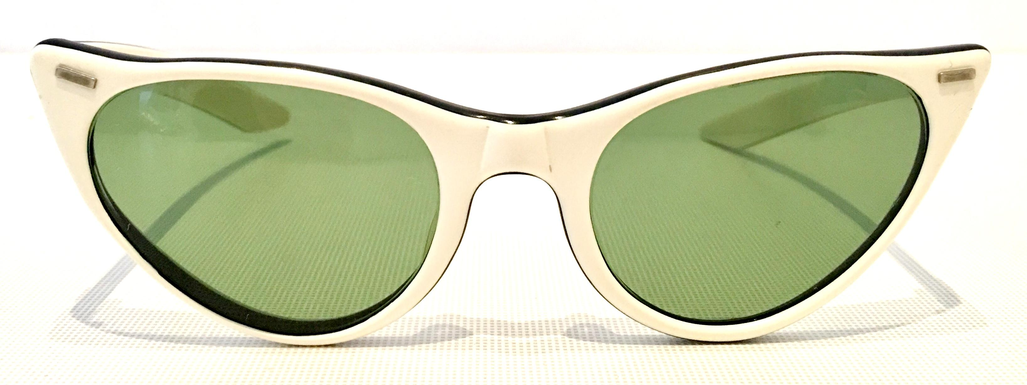 09b78f4dc6 50 S Ray Ban Style Authentic