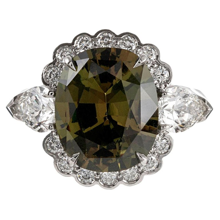 5.10 Carat Alexandrite and Diamond Ring For Sale