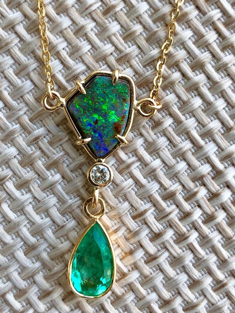 Pear Cut 5.10 Carat Emerald Boulder Opal Diamond Pendant Necklace 18 Karat For Sale