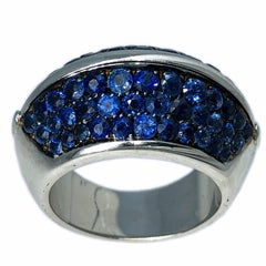 Berca 5.10Kt Natural Blue Sapphire Black White Gold Pyramid Shaped Cocktail Ring