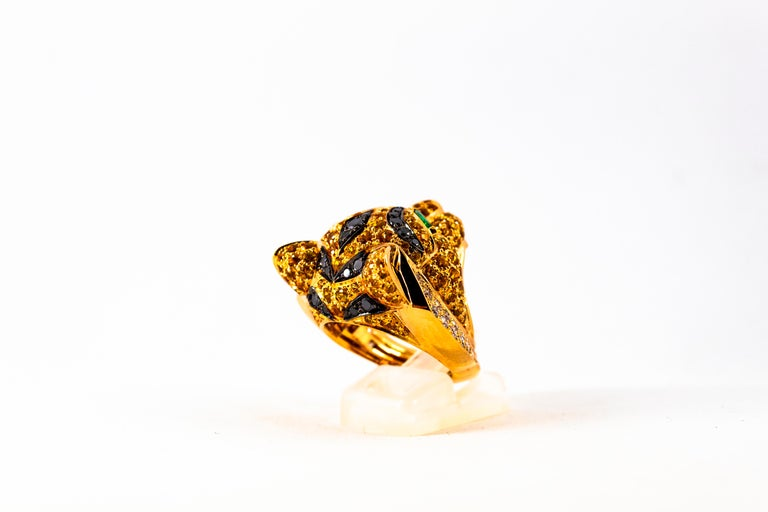 Women's or Men's 5.10 Carat Yellow Sapphire Emerald Black & White Diamond Yellow Gold Tiger Ring For Sale