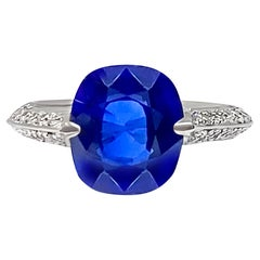 5.11 Carat Blue Sapphire and Diamond Ring in Platinum