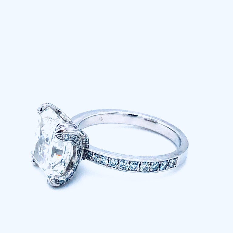 Women's 5.11 Carat H VVS1 GIA Radiant Cut Diamond Platinum Ring