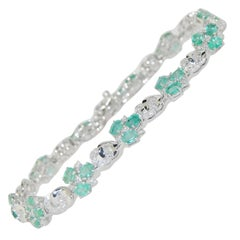 5.12 Carat Emerald and Diamond Link Bracelet, 14 Karat Gold