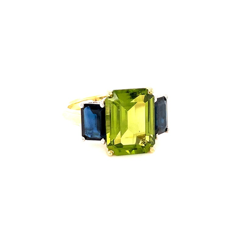 Artisan 5.12 Carat Peridot and Sapphire White and Yellow Gold 3-Stone Cocktail Ring For Sale