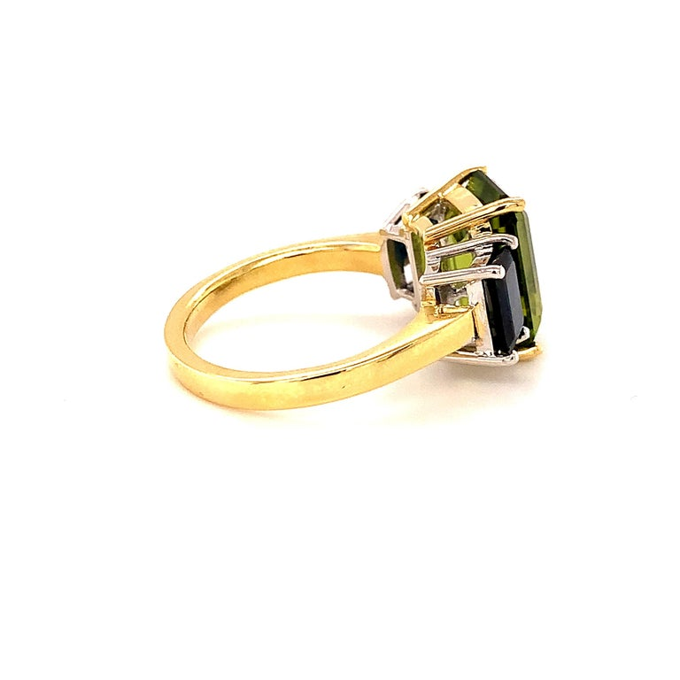5.12 Carat Peridot and Sapphire White and Yellow Gold 3-Stone Cocktail Ring In New Condition For Sale In Los Angeles, CA