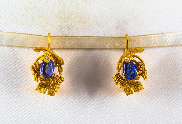 Art Nouveau  5.12 Carat White Diamond Tanzanite Yellow Gold Lever-Back Earrings For Sale
